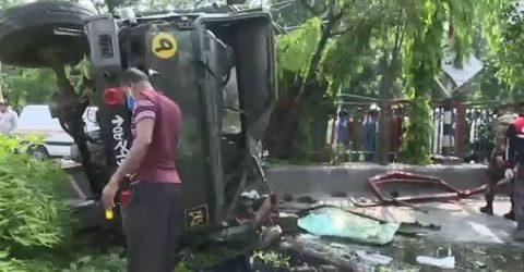 রাজধানীতে সেনাবাহিনীর লরি উল্টে অন্তত ২০ সদস্য আহত