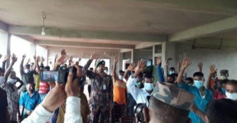 হবিগঞ্জে বিজিবির কাছে আত্বসমর্পন করেছে চোরবাহিনীর সদস্য দল