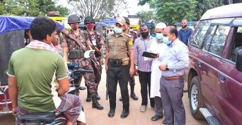 25 fishermen including 3 trawlers detained in Kalapara